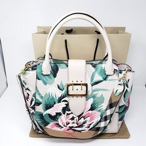 Brand New Burberry Soft Grain Floral Medium Tote